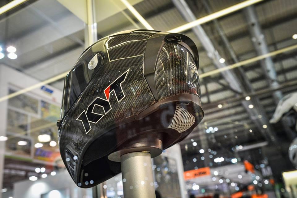 Intip Kerennya Helm KYT TURNDER FLASH Carbon Fiber dan Pakai Titanium, Buatan Italy Lho 06 Pertamax7.com