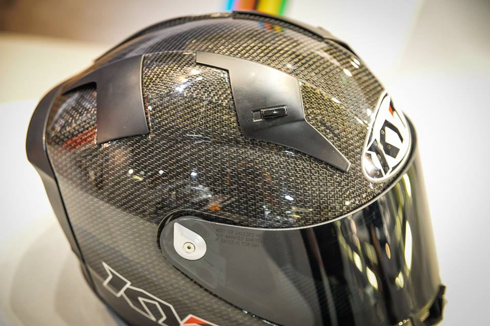 Intip Kerennya Helm KYT TURNDER FLASH Carbon Fiber dan Pakai Titanium, Buatan Italy Lho 07 Pertamax7.com
