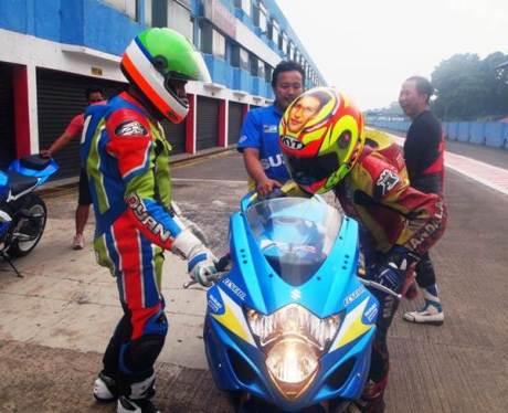 Juara Suzuki Indonesia Challenge Satria F150 berlatih dengan GSX-6000 dan GSX-R1000, dari bebek 150 cc siap loncat Tampil di Supersport 600 03 pertamax7.com
