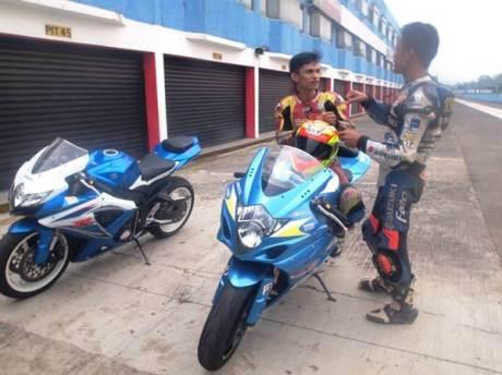 Juara Suzuki Indonesia Challenge Satria F150 berlatih dengan GSX-6000 dan GSX-R1000, dari bebek 150 cc siap loncat Tampil di Supersport 600 04 pertamax7.com
