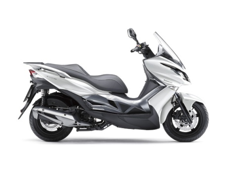 Kawasaki J125 16_SC125B_WHT_RS Pertamax7.com