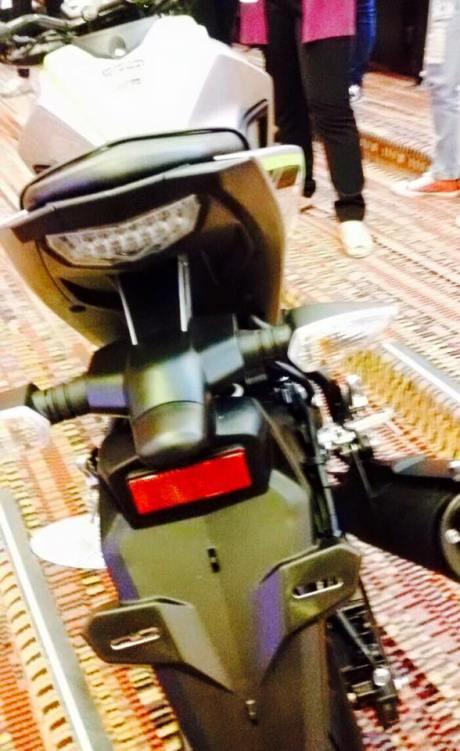 Kayak Gini Nih Wujud Yamaha MT-15 dari segala Sisi, Headlamp Seram berkonde Tajam 04 Pertamax7.com