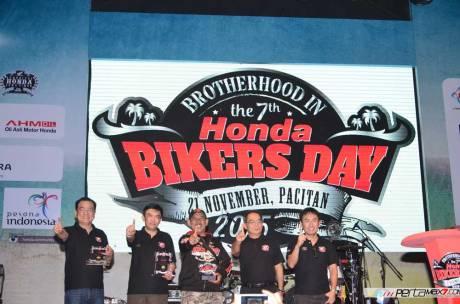 Liputan Honda Bikers day 2015 pecah rekor tembus lebih dari 20 ribu peserta 01 Pertamax7.com