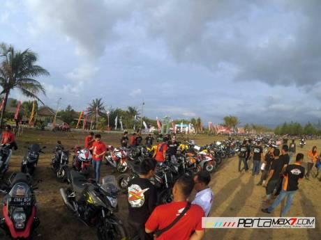 Liputan Honda Bikers day 2015 pecah rekor tembus lebih dari 20 ribu peserta 03 Pertamax7.com