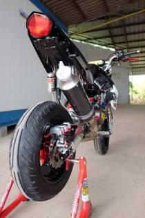 Modifikasi Kawasaki KSR 110 pakai Mesin Honda CBR150R Karbu ini Imut tapi sadis 03 Pertamax7.com