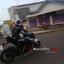 Penampakan Yamaha MT15 ini bikin calon Konsumen New Vixion Advance Galau dan tunda pembelian 05 Pertamax7.com
