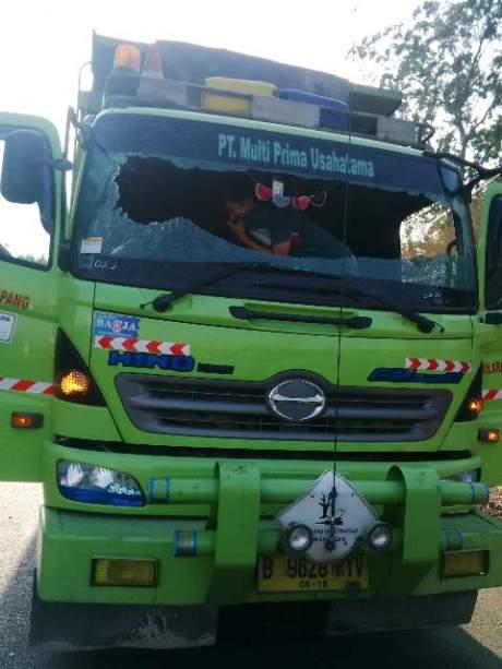 Sopir Truk di lempar Baru sampai Gigi dan Gusi hilang di Serang Banten 2