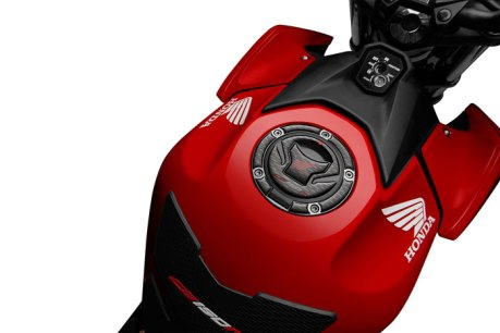 Aksesoris All New Honda CB150R Streetfire Fuel-Lid-Pad Pertamax7.com