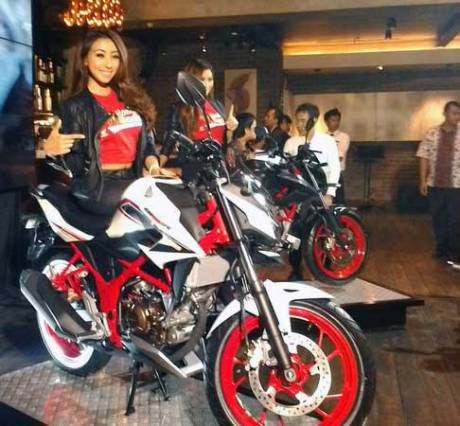 all-new-honda-CB150R-special-edition-2016-new-speedy-white-pertamax7
