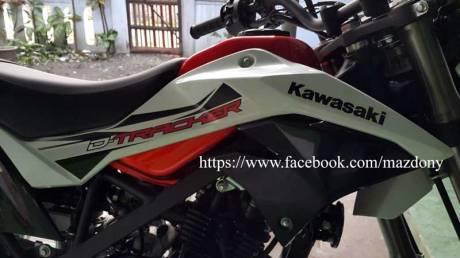 Gaya Bos Komputer beli Kawasaki D-Tracker Di TulungAgung, Sumringah Tenan 04 Pertamax7.com