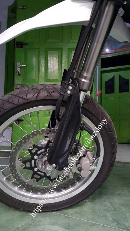 Gaya Bos Komputer beli Kawasaki D-Tracker Di TulungAgung, Sumringah Tenan 08 Pertamax7.com