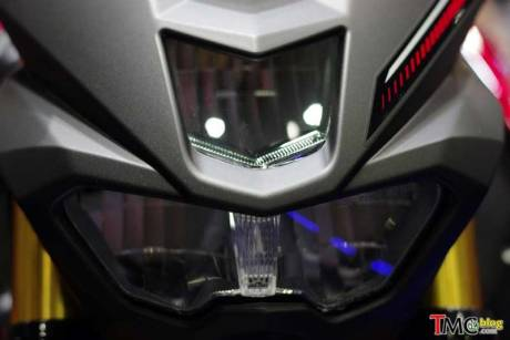 headlamp-yamaha-MT-15-M-SLAZ-pertamax7.com-