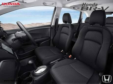 interior Honda BR-V 7 Seater Crossover SUV pertamax7.com