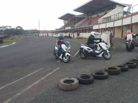 Intip Kegiatan Safety Riding Course Jakarta Max Owners 02 pertamax7.com