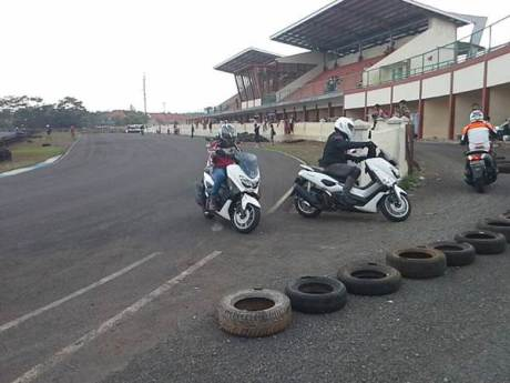 Intip Kegiatan Safety Riding Course Jakarta Max Owners 02 pertamax7.com