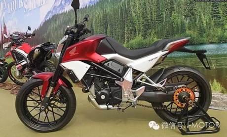 Kala Honda SFA 150 Concept Di Pamerkan Di Hongkong Pakai Spakbor Dan Spion Di Ruang Terbuka Nampak Keren 08 Pertamax7.com