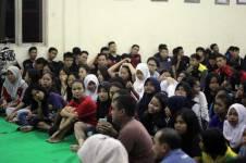 Liputan Klub-klub-V-Ixion-Jabodetabek-dan-anak-anak-Panti-Asuhan-Putra-Utama-3-Tebet-Jakarta-dalam-acara-simbolis-penyerahan-donasi-dari-Yamaha-(2) Pertamax7.com