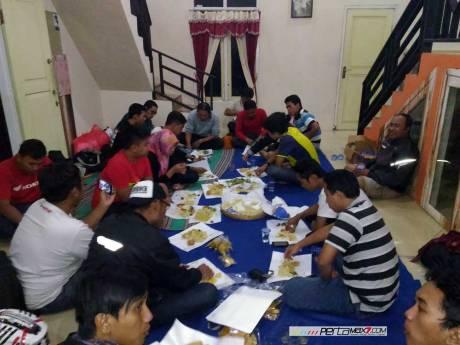 Meriahnya Acara Ulang tahun Jatimotoblog di Wisata Air Panas Pacet Mojokerto, Asem di Kadalin 09 Pertamax7.com