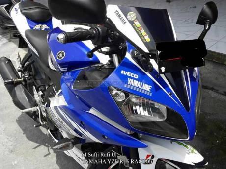 Modifikasi Yamaha R15 Biru pakai Decal aka Striping Yamaha YZF-R25 Concept pertamax7.com
