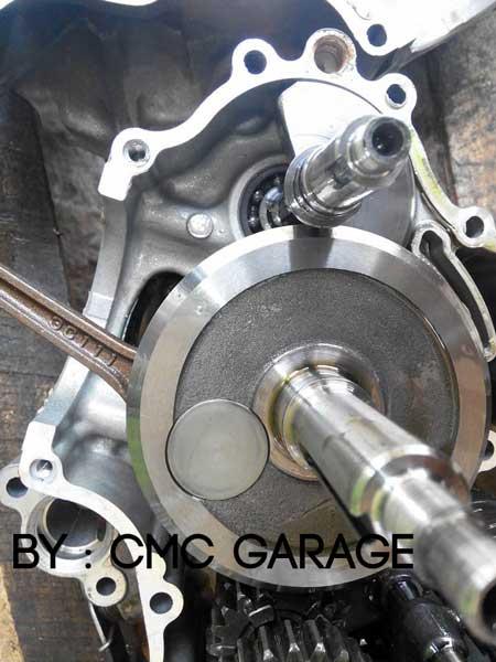 Pakai Oli Motul 5100 Ester 10W40 4T, Jerohan Mesin Yamaha Old Vixion ini bersih banget 01 Pertamax7.com