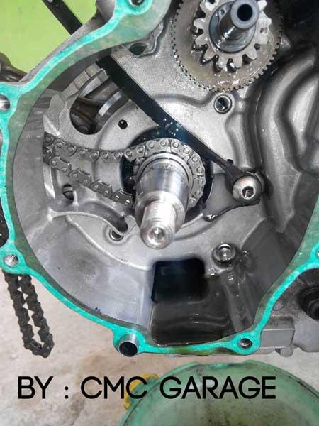 Pakai Oli Motul 5100 Ester 10W40 4T, Jerohan Mesin Yamaha Old Vixion ini bersih banget 06 Pertamax7.com