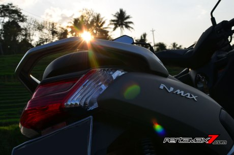 Testride Yamaha NMAX 155 ABS, Handling Mantabh Pengereman Akurat.. Tabungan Alamat 01 Pertamax7.com