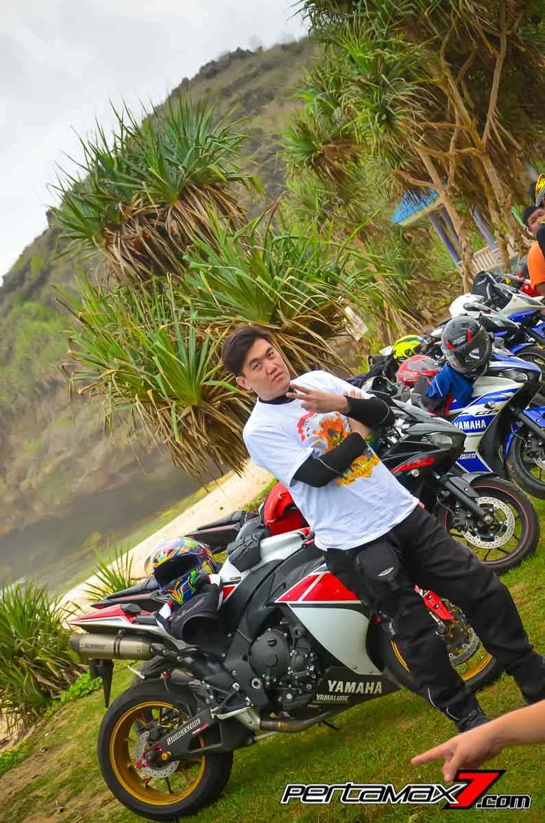 Young Motor Wonogiri ajak Touring Sport Yamaha 2015 ke Pantai Srau Pacitan meriah euy pertamax7.com_-10