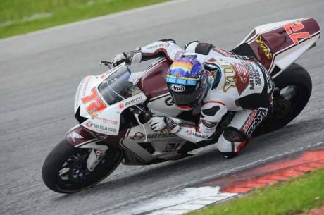 Yuki-Takahashi-Juara-Dunia-Supersport-600cc-ARRC-2015,-beri-gap-10-detik-dari-Yamaha-R6,-Yudhistira-Kawasaki-Juara-3-Kibarkan-Merah-putih--pertamax7.com-
