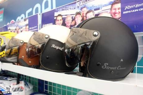 Classic Helmet  Aksesoris Yamaha Fino 125 Blue core 03 Pertamax7.com