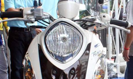 Cover Headlight Aksesoris Yamaha Fino 125 Blue core 08 Pertamax7.com