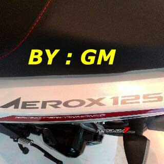 Foto Bening Yamaha Aerox 125, Pakai Sein New Vixion Advance depan belakang.. tagline Racing performance pertamax7.com 2