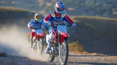Kenalan Dengan Honda CRF150F, Motor Khusus Off-Road Bermesin Mirip New Megapro Musuhnya Kawasaki KLX 140 Nih 03 Pertamax7.com