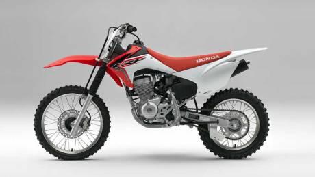 Kenalan Dengan Honda CRF150F, Motor Khusus Off-Road Bermesin Mirip New Megapro Musuhnya Kawasaki KLX 140 Nih 05 Pertamax7.com