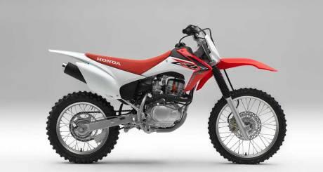 Kenalan Dengan Honda CRF150F, Motor Khusus Off-Road Bermesin Mirip New Megapro Musuhnya Kawasaki KLX 140 Nih 06 Pertamax7.com
