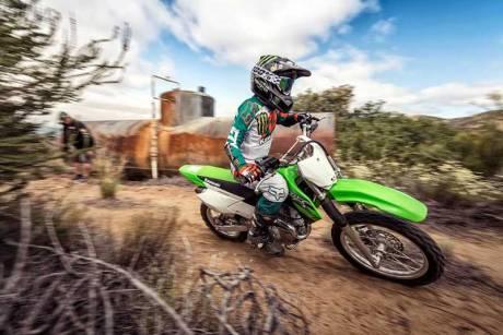Kenalan Dengan Kawasaki KLX 140, Motor Khusus Offroad Seharga Rp.43 jutaan Mirip KLX 150 16 Pertamax7.com