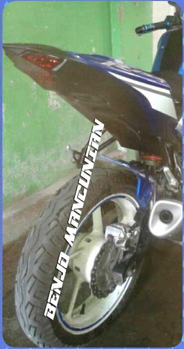 Modifikasi-Yamaha-Byson-pakai-Buntut-dan-Knalpot-YZF-R25-pertamax7.com-1