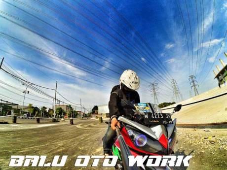 Modifikasi-Yamaha-YZF-R15-ala-Motor-Kamen-Rider-W-oleh-Balu-Oto-Work-Jogja-pertamax7.com-