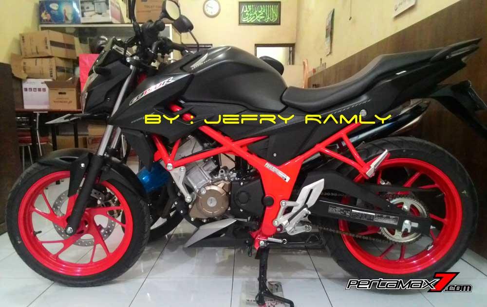 Nih-Pemilik-Pertama-All-New-Honda-CB150R-Streetfire-Special-Edition-Rangka-Merah-Di-Makassar,-Rp.27.330-Juta-Bro--pertamax7.com-