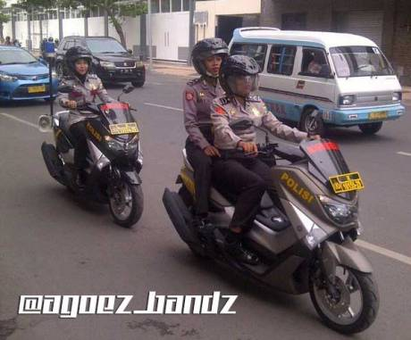 Polwan-Surabaya-Patroli-Pakai-Yamaha-NMax-Modifikasi-Khusus-Polisi,-Sedap-pertamax7.com 1