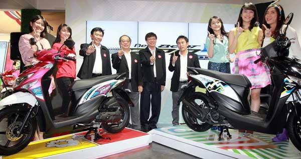 Semangat-2016,-Honda-Segarkan-BeAT-POP-eSP--Comic-Hits-dan-Cool-Pixel-semakin-Atraktif-pertamax7.com-