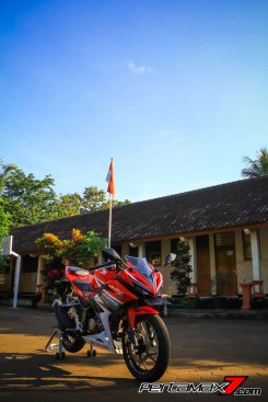 All New Honda CBR150R 2016 Warna Merah Racing Red 65 Pertamax7.com