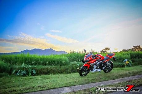 All New Honda CBR150R 2016 Warna Merah Racing Red 75 Pertamax7.com