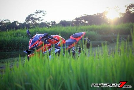 All New Honda CBR150R 2016 Warna Merah Racing Red 76 Pertamax7.com