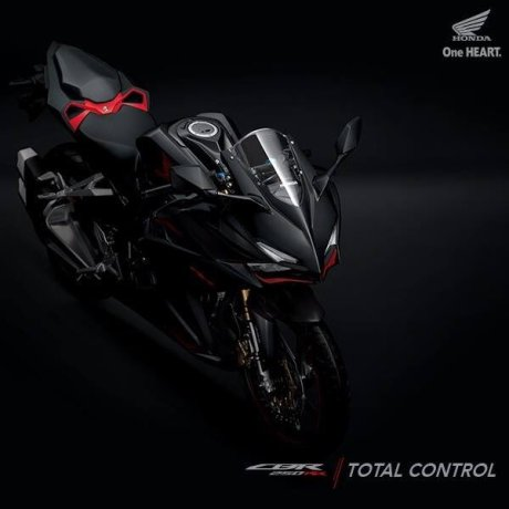 All New Honda CBR250RR Hitam