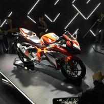 samping kanan All New Honda CBR250RR Merah 6 Pertamax7.com